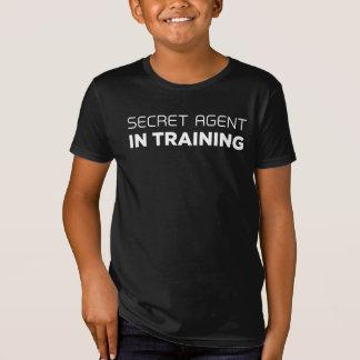 Agent secret dans le T-shirt de formation