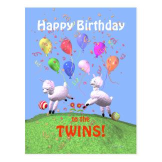 Agneaux de joyeux anniversaire pour des jumeaux carte postale