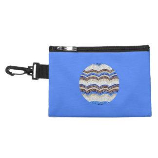 Agrafe bleue ronde de mosaïque sur le sac
