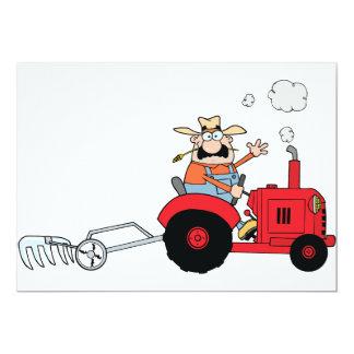 Agriculteur aux invitations d'un tracteur