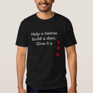 Aidez un castor à construire un barrage.  t-shirt