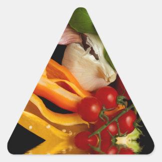 Ail de tomates de Basil de poivrons Sticker Triangulaire