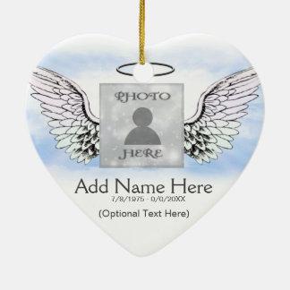 Ailes d'ange de photo et mémorial faits sur ornement cœur en céramique