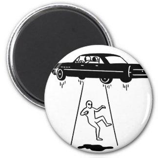 Aimant abduction de voiture des aliens