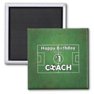 Aimant Anniversaire d'entraîneur du football avec le