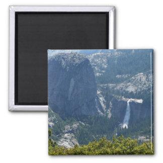 Aimant Automnes du Nevada de la traînée Yosemite de