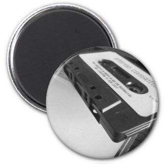Aimant Bande vintage de cassette audio sur la table en