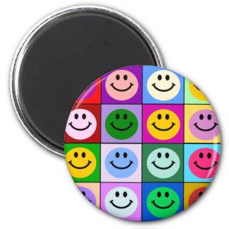 Aimant Carrés souriants multicolores