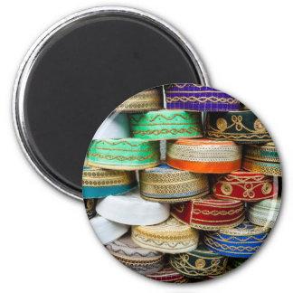 Aimant Casquettes arabes au marché