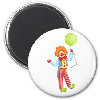 Aimant Clown amical coloré avec le ballon à l'OU