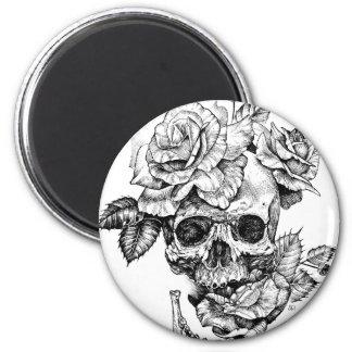 Aimant Crâne humain et dessin à l'encre noire de roses