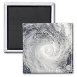 Aimant Cyclone tropical Oli outre de la côte du Tahiti