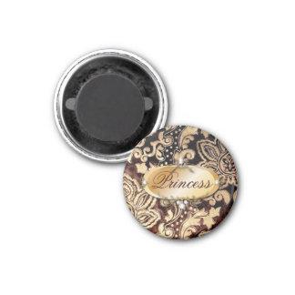 Aimant damassé brun chocolat affligée d'or de victorian