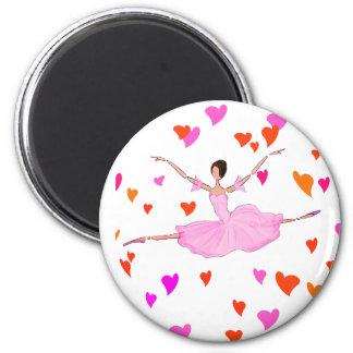 Aimant Danse de ballerine aux coeurs colorés
