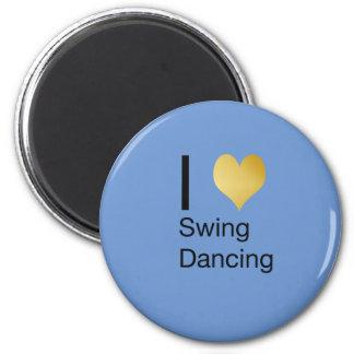 Aimant Danse par espièglerie élégante d'oscillation de