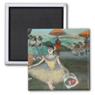 Aimant Danseur d'Edgar Degas | avec le bouquet, faisant