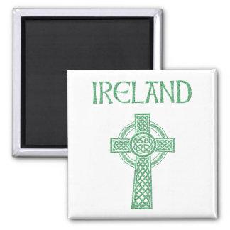 Aimant de croix celtique de l'Irlande