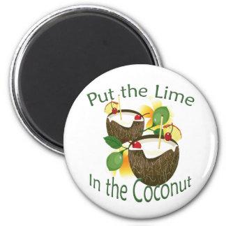 Aimant drôle de boissons de noix de coco de partie