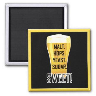 Aimant drôle doux de sucre en verre de bière