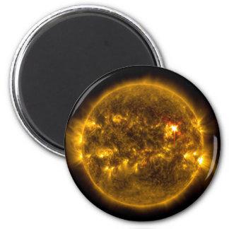 Aimant Espace extra-atmosphérique Sun avec les éruptions