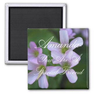 Aimant Fleurs spéciales personnalisées de pourpre d'ami