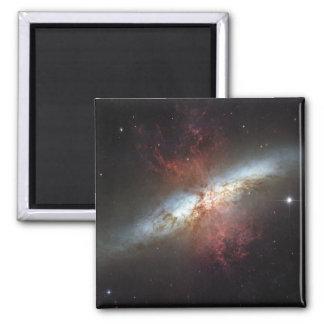 Aimant Galaxie de Starburst, 82 plus malpropres