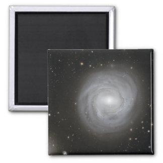 Aimant Galaxie en spirale NGC 4921