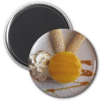 Aimant Gâteau couvert par confiture de crème glacée