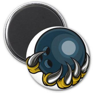 Aimant Griffe animale de monstre tenant la boule de