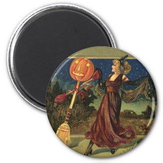 Aimant Halloween vintage, belle sorcière de danse