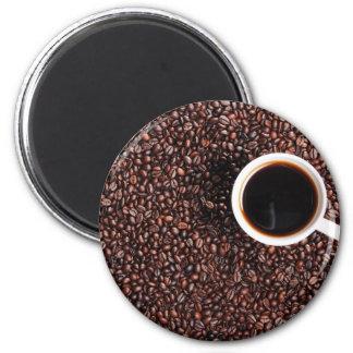Aimant Haricots de patelin avec une tasse à café