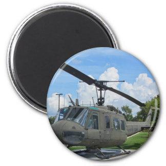 Aimant Hélicoptère vintage de militaires du Vietnam Uh-1