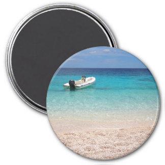 Aimant Hors-bord dans l'aimant rond de mer bleue