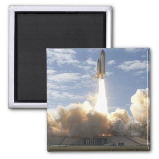 Aimant La navette spatiale l'Atlantide enlève 10