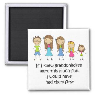 Aimant Les petits-enfants les auraient eus le premier