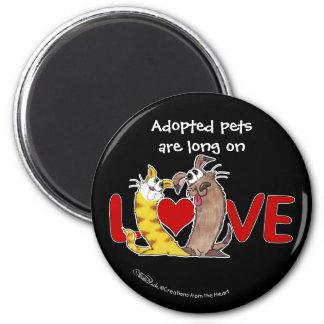 Aimant Longtemps sur l'Amour-Chat et le chien