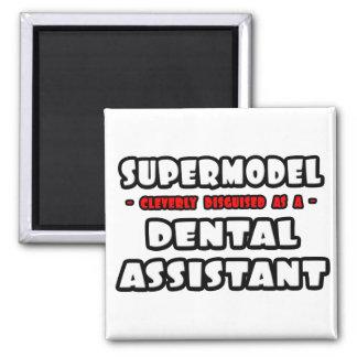 Aimant Mannequin vedette. Assistant dentaire