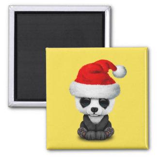 Aimant Ours panda de bébé utilisant un casquette de Père