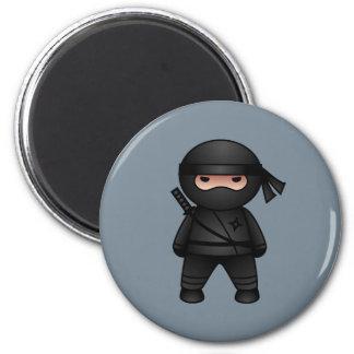 Aimant Peu de guerrier de Ninja sur le gris