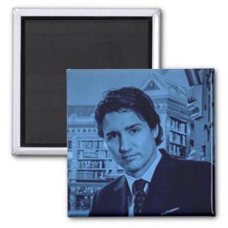 Aimant Portrait de Justin Trudeau dans le bleu
