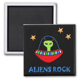Aimant roche d'aliens !