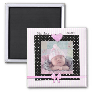 Aimant rose de bébé de faire-part de naissance