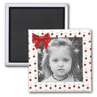 Aimant rouge adorable de photo de cerise