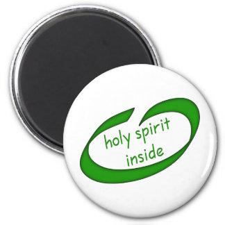 Aimant Saint-Esprit à l'intérieur de chrétien