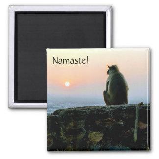 Aimant Singe de yoga de méditation de Namaste en Inde au