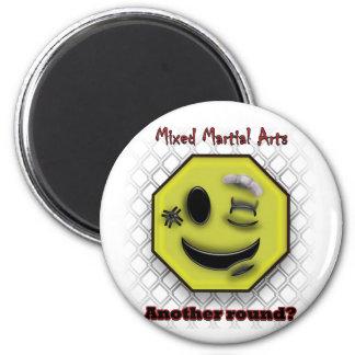 Aimant Sourire de MIXED MARTIAL ART, un autre rond ?