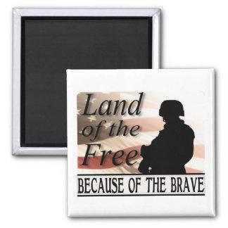 Aimant Terre du libre en raison du courageux