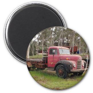 Aimant Vieux camion rouge