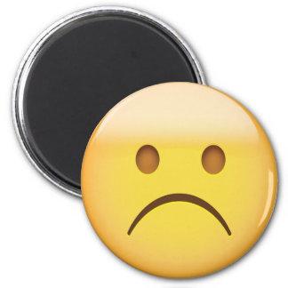 Aimant Visage de froncement de sourcils blanc Emoji