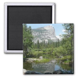 Aimant Vue de lac mirror en parc national de Yosemite